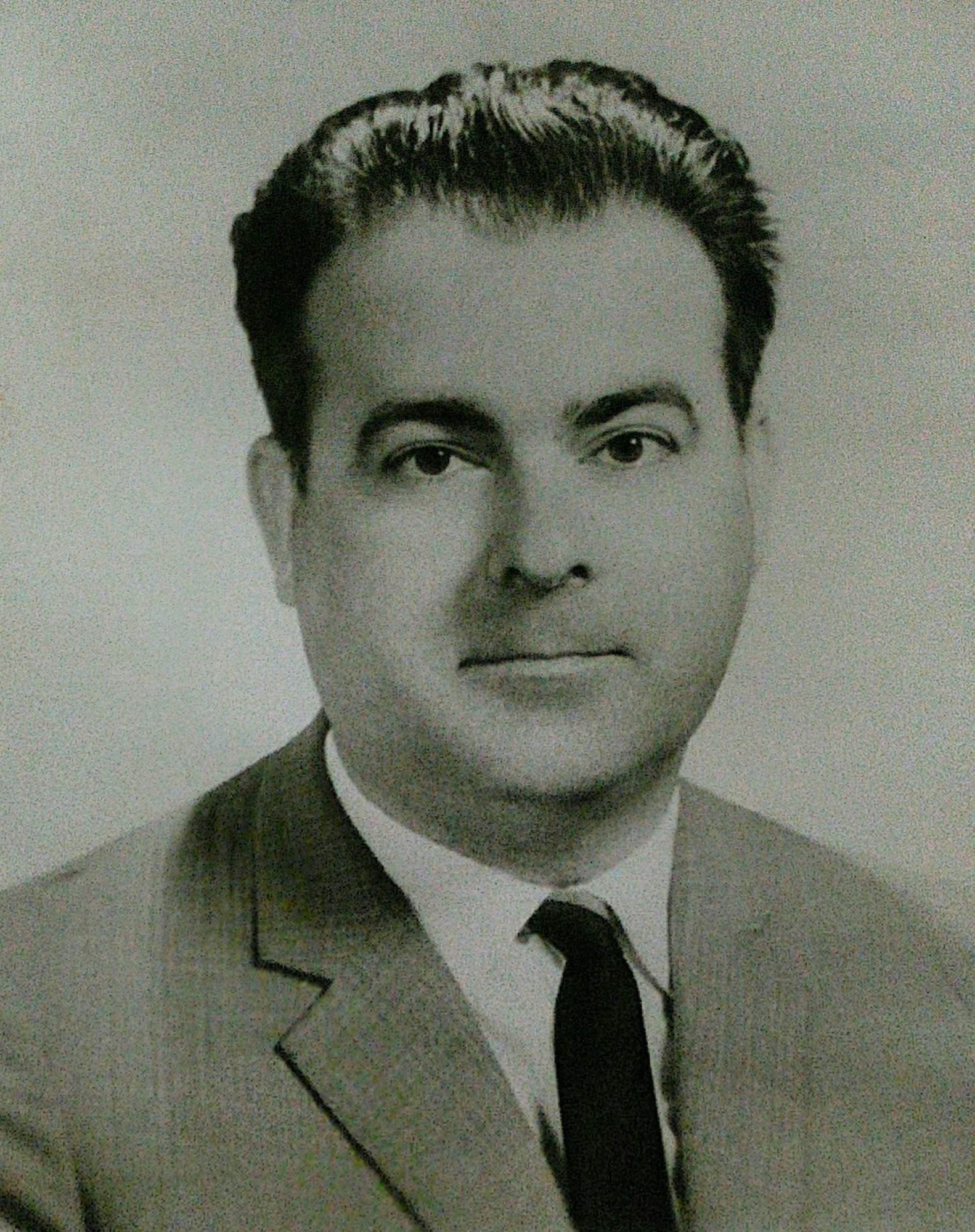 Foto do fundador do Sal達o Musical